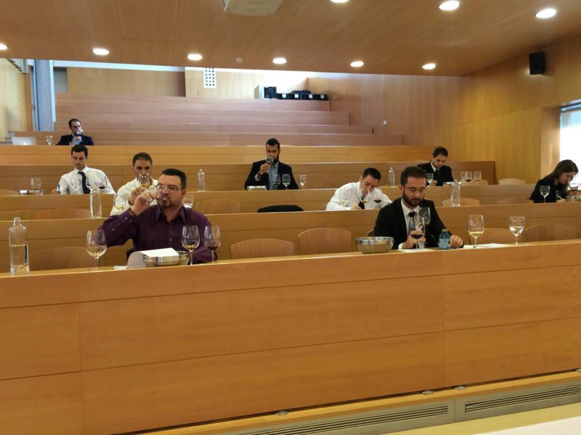 Pedro Alonso Martínez ganador del V Concurso de Sumilleres de la Región de Murcia